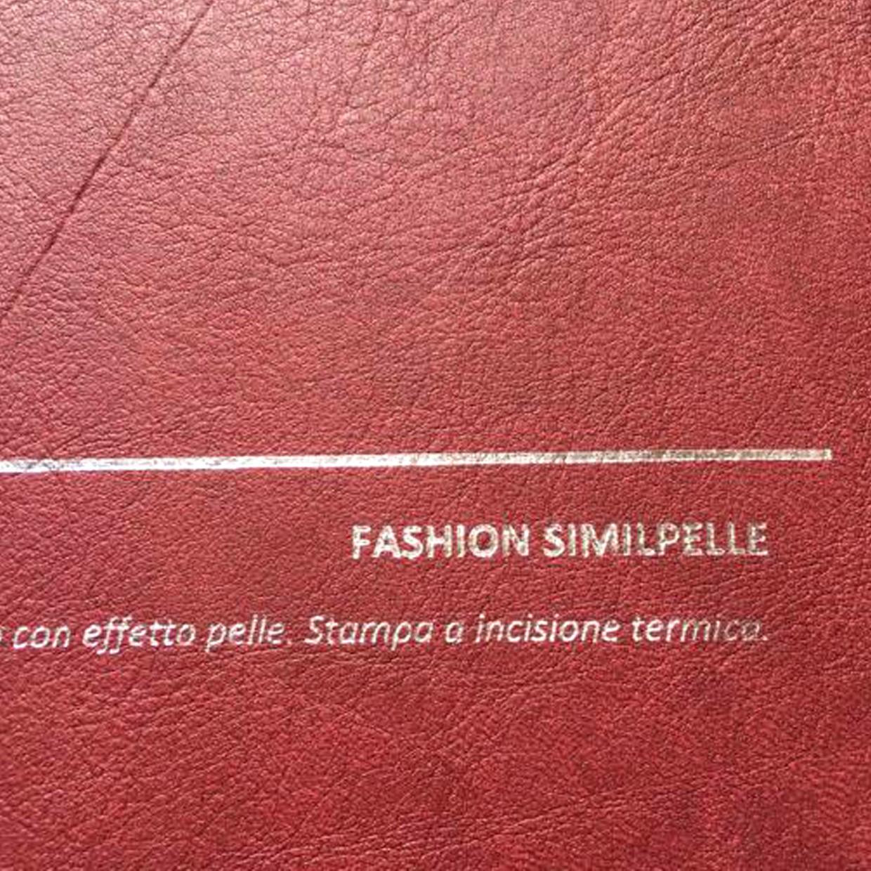 COVER FASHION SIMILPELLE BORDO: copertine rivestite con un elegante e prestigioso materiale termovirante sintetico con effetto pelle.