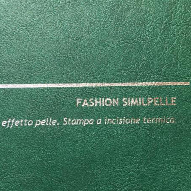 COVER FASHION SIMILPELLE VERDE: copertine rivestite con un elegante e prestigioso materiale termovirante sintetico con effetto pelle.