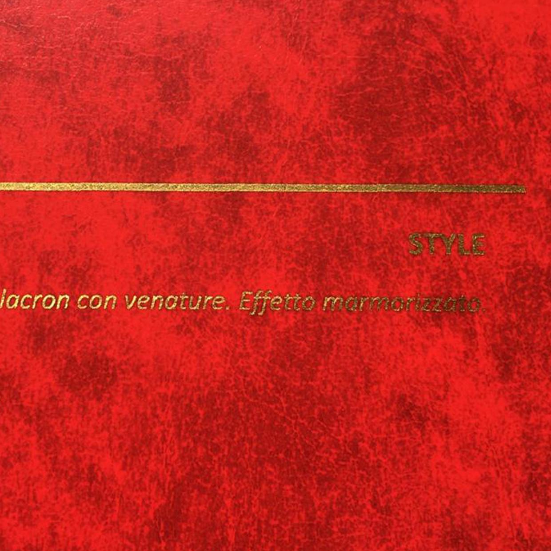 COVER STYLE ROSSO: copertine rivestite in balacron marmorizzato con finitura in similpelle con venature