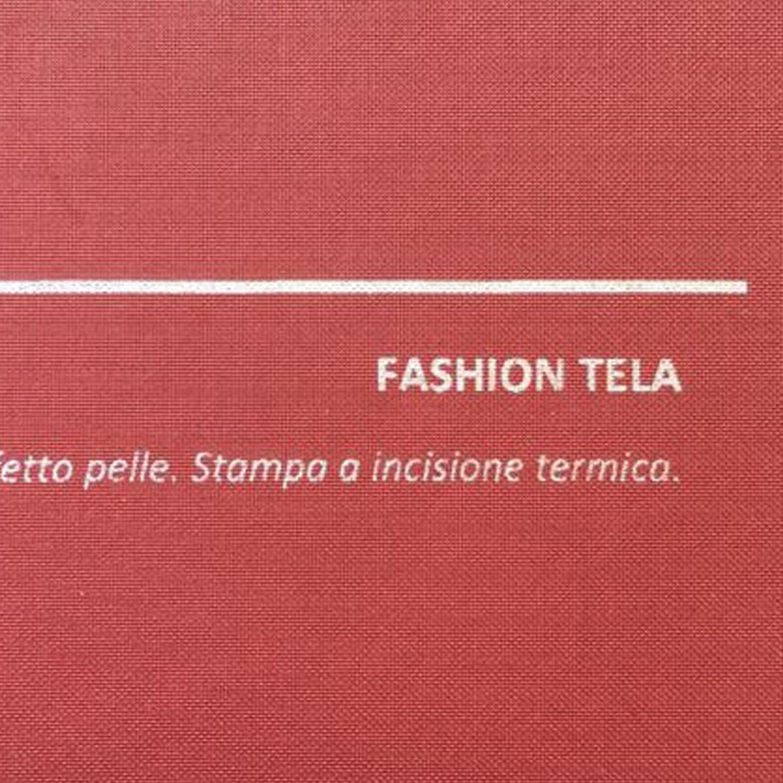COVER FASHION TELA ROSSO: copertine rivestite con un elegante e prestigioso materiale termovirante sintetico con effetto tela.